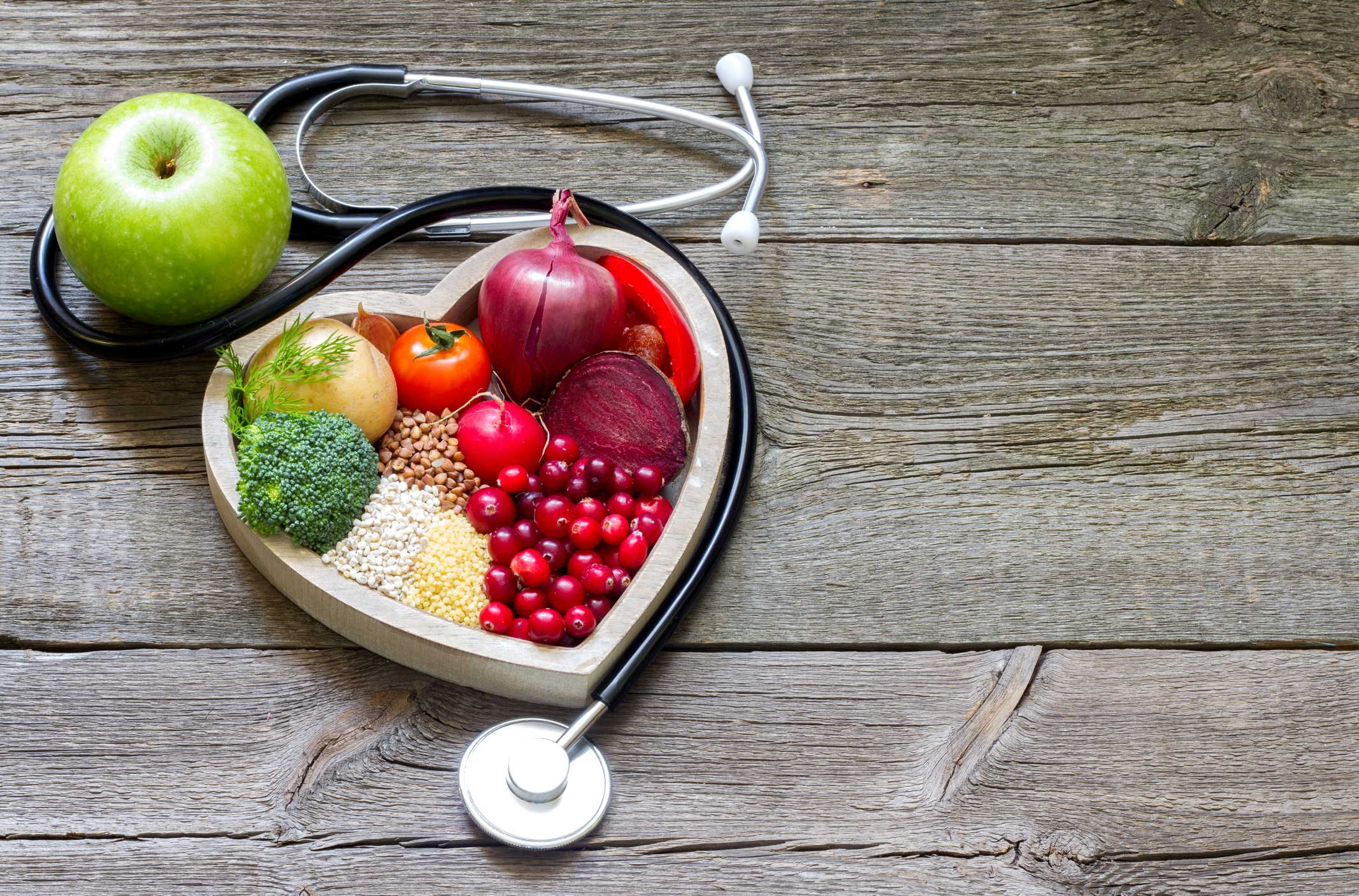 Traveling for Locum Tenens Work? Try These 5 Tips for Better Eating